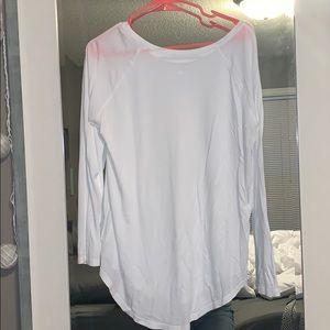 White Lululemon long sleeve shirt